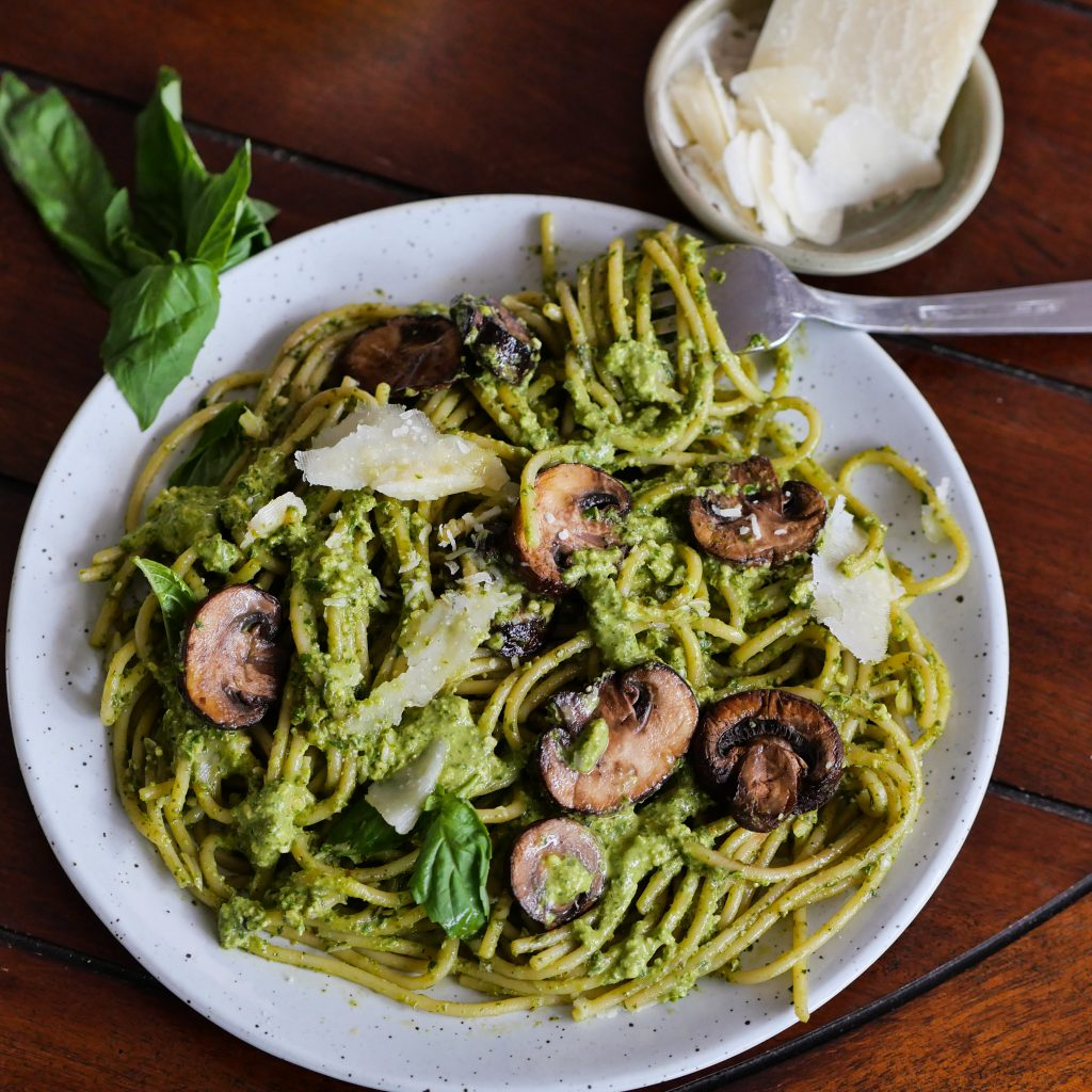Artichoke Pesto Pasta With Sautéed Mushrooms